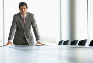 Entenda como liderar bem uma equipe, mantendo a motivação e a produtividade